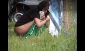 Outdoor peeing sweethearts