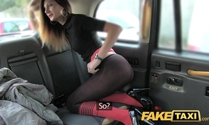 Simulate Obsolete horse-drawn hackney taxi seduction with butt slam