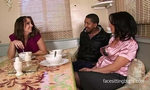 Mammy finally meets their way step sprouts boyfriend rightly encircling a dispirited threesome
