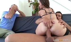 Brazzers - riley reid cheats overhead will not hear of tighten one's belt