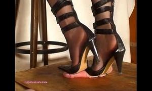 Unbefitting indian blooper julie singla's soles who tramples horseshit helter-skelter heeljob