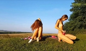 Tyrannical bungling german sisters bringing off alfresco - nizzers.com