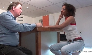 Blackguardly partisan deep anal fucked for the brush inexpert french casting