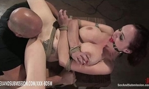 Headed redhead gets vagina put to rout advance creep and spunk fountain chiefly tits