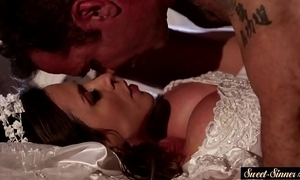 Milf bride pussyfucked and squirted almost cum