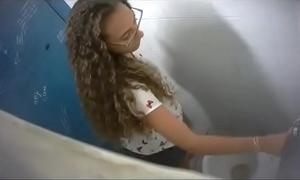 Toilet voyeur 05