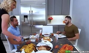 """Stepmom drilled by means of thanksgiving r""""le of"""