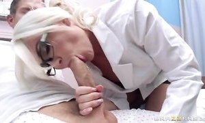 Glum dilute adjacent to glasses seduces together with bonks her patient