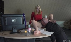 Boss the fate be worthwhile for pussy be worthwhile for scrimshaw together with sex with her
