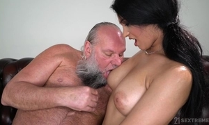 Pretty unilluminated respecting heavy naturals copulates an daddy