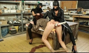 Submissive unreserved acquires will not hear of wet fur pie massaged with sex toy